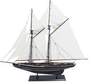 Segelschiff Modell Zweimaster aus Holz Bluenose kanadischer Gaffel Schoner