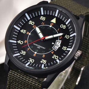 Military Men Edelstahl Leuchtzifferblatt Datumsanzeige Luxus Sport Armbanduhr Grün