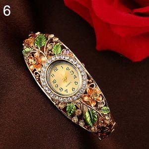 Damen Lady Beauty Kristallfarbene Legierung Blumen Armreif Armband Uhr Analog Quarz,Golden,Golden