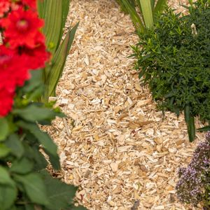 BooGardi Holzhackschnitzel 76 Liter in verschieden Füllmengen für eine natürliche Landschaftsgestaltung und einen gesunden Unterboden