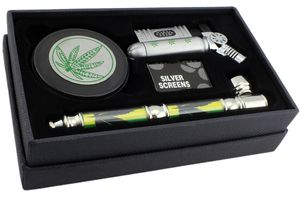 GYD XXL Geschenkset Grinder  - Profi Raucher & Kiffer Set im Box/Geschenkverpackung - Raucherset Zubehör - Grinder, Pfeife Feuerzeug und Siebe