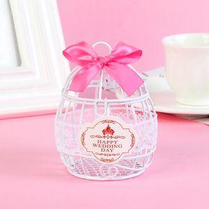 Glücklicher Hochzeitstag Süßigkeits Schokoladen Bevorzugungs Kasten mit Weiß & Hellrosa Rot wie beschrieben