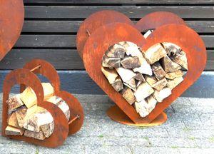 Herz aus Metall - Holz-Regal - Edel-Rost - Garten Terrasse - Deko - M