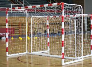 Handballtor Garten 3 x 2m aus uPVC - WETTERFEST - Klicksystem - rot/weiss gestreift - Inkl. Netz, Netzclips und Bodenanker