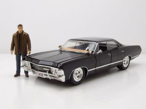 Chevrolet Impala Sport Sedan 1967 schwarz Supernatural mit Figur Modellauto 1:24 Jada Toys