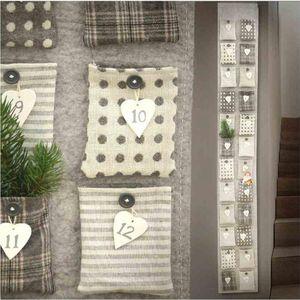 Adventskalender, Wandkalender mit 24 großen Taschen, Filz-Kalender zum befüllen