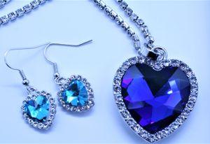Lindkind Titanic - Halskette SET, Herz des Ozeans, mit blauem Kristall in Herzform, versilbert