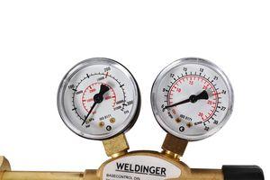 WELDINGER PRO Druckminderer Messing für Schutzgas Argon-/ CO2-Mehrwegflaschen