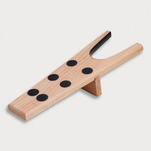 Stiefelknecht, 6 Gumminoppen und Gummieinlage vorne, mit Steg, geölt aus Holz 34 cm