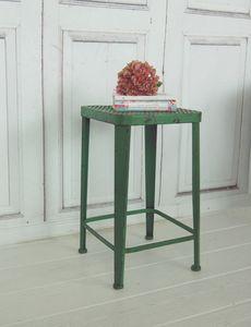 Hocker JADE, grün, aus edlem Metall im Landhaus Shabby antique Chic