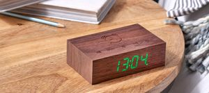 Gingko Flip Click Clock Uhr - in verschiedenen Farben, Farbe:Walnuß
